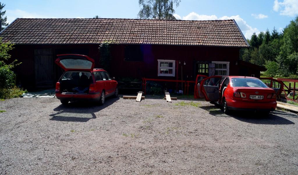 Ladugården och biluppfarten